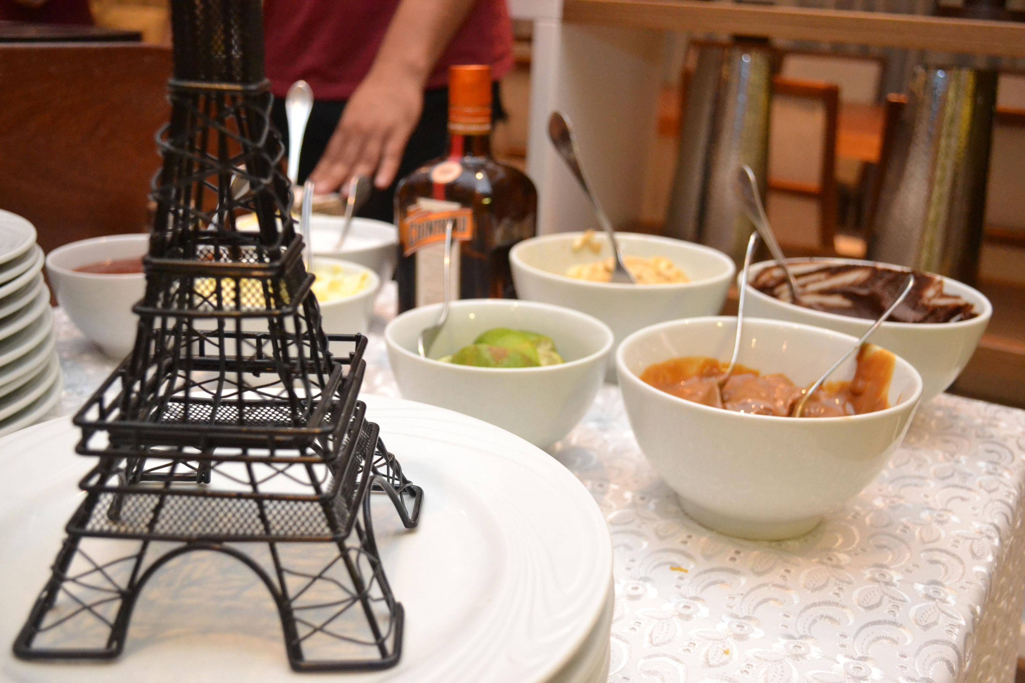 buffet-crepe-crepelafrance-recheios-doces-torre-eiffel